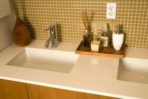 Come tagliare le piastrelle da bagno