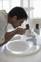 Come sbarazzarsi del odore dal bagno lavandino Overflow
