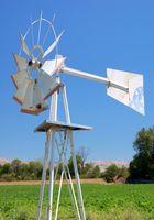 Come costruire una pompa di vento mulino ad acqua