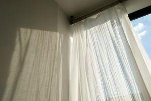 Si può utilizzare in taffetà per tende?