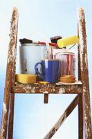 Come dipingere un soggiorno con una scala che va di sopra