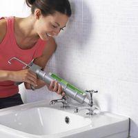 A proposito di Stuccatura e Calafataggio una doccia