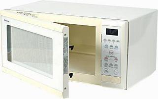 Come modificare la luce all'interno del forno a microonde