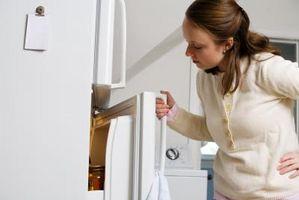 Come regolare la porta del frigorifero su una Aid Superba cucina