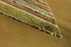 Cosa posso usare al posto del supporto di gomma su un tappeto?
