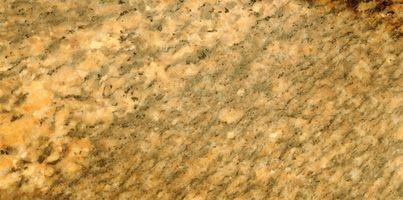 Come pulire l'acqua macchie di granito
