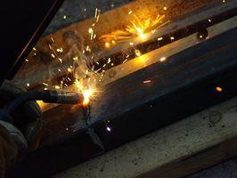 L'effetto di saldatura su High acciaio al carbonio