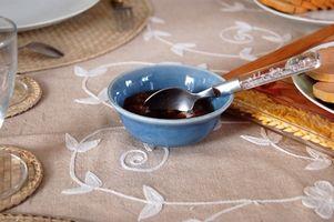 Come rimuovere le macchie Cranberry Sauce da moquette