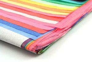 Il trattamento della carta di parete del tessuto