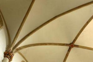Come usare travi per nascondere soffitto del muro a secco cuciture