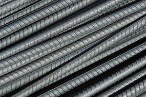 Quanto acciaio tondo per cemento armato per mettere in un pavimento di cemento