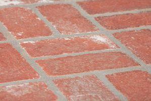 Come Tile un patio esterno