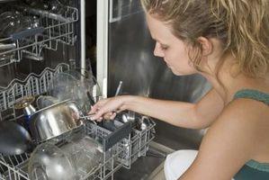 Perché piatti escono dalla lavastoviglie sporca
