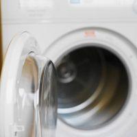 Come installare un tubo di drenaggio per una lavatrice