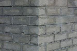 Dovrei usare un sigillante sui miei muri di cemento colati Basement Prima di dipingerli?