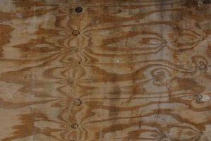 Posso usare Piano livellamento composto su un sottofondo di legno?