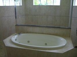 Perché il mio vasca da bagno in acrilico ingialliscono?