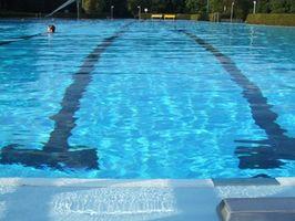 Quali sono le cause di sabbia per ottenere in una piscina?