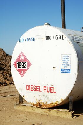 Come per rimuovere l'acqua da un K-1 Kerosene serbatoio carburante