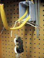 Come collegare i fili in una scatola di giunzione