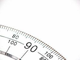 Come misurare gli angoli per Carpenteria Trim lavoro