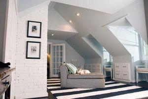 Come utilizzare pulegge per fare un letto a soffitto