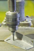 Come forare una piastra di alluminio