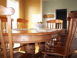 Come Refinish un set da pranzo in camera