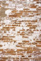 Come dipingere un camino in mattoni con uno sguardo alle intemperie