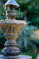Come riparare fessure Fontane acqua al di fuori