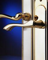 Come pulire maniglie in ottone per porte