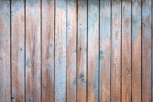 Come rimuovere le macchie d'acqua dalle pareti di legno