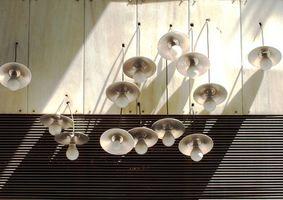 Strumenti per cambiare lampadine
