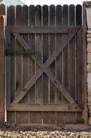 Problemi con cancelli in legno