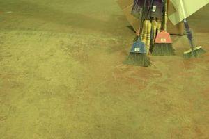 Cosa posso fare per rendere un cemento Doccia Suolo guardare bene?