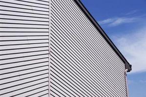 Come rimuovere le ammaccature da Aluminum Siding