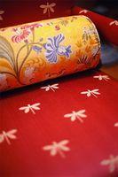 Come prendersi cura di cuscini di seta
