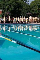 Che Distrugge cloro in una piscina?