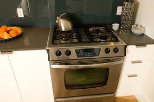 Come pulire macchie nere bruciato nel forno