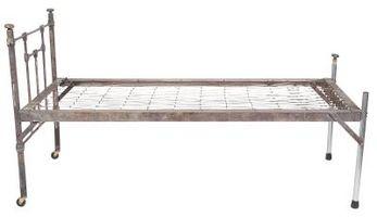 Come convertire un telaio metallico per Rails & lamelle per un letto king size
