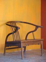 L'utilizzo di acido muriatico come spogliarellista pittura su legno
