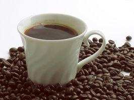 Come utilizzare una macchina del caffè e caffè