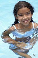 Come pulire una piccola piscina con un filtro