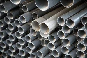 Come risolvere una recinzione di legno di guida spaccata con tubo in PVC