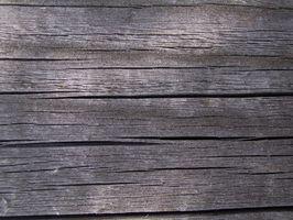 Come utilizzare il vecchio legno di recupero con una pialla