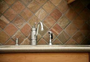 Come risolvere un Moen Spray rubinetto che le perdite alla Base