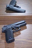 Come nascondere una cassaforte della pistola