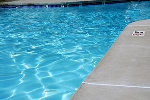 Come Refinish il cemento intorno alla vostra piscina