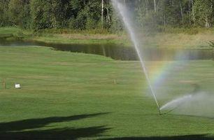 Come regolare Toro Lawn sprinkler teste