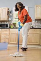 Qual è la candeggina per rapporto acqua Quando la pulizia di pavimenti?